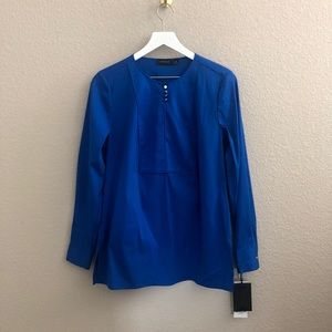 Carlisle Collection Round Neck Long Sleeve Blouse